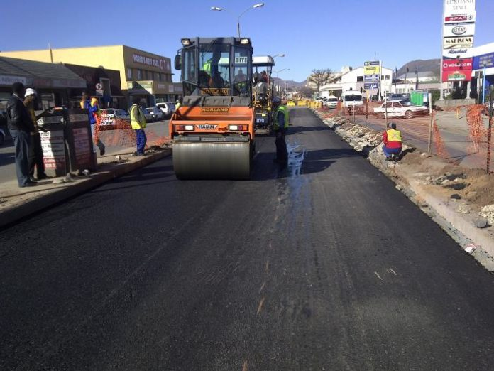 South African firm to invest $780m for road construction in Mozambique