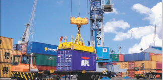 Tanzania expands Dar es Salaam port to attract trade