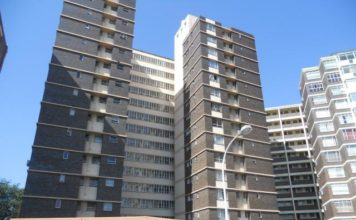 South Africans prefer flats to townhouses-Statistics SA