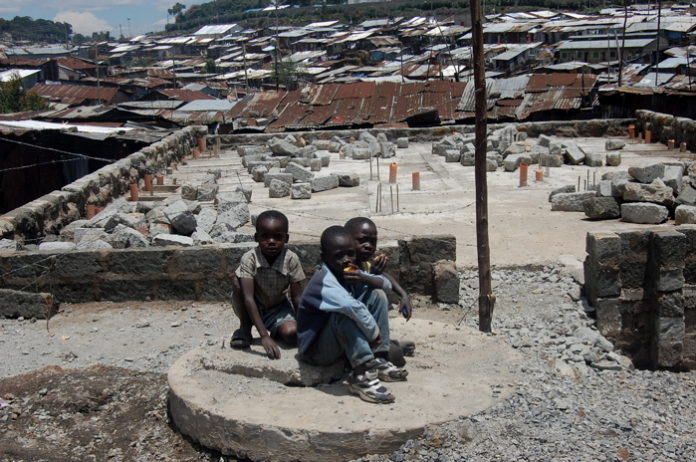 Poor African settlements make effects of climate change worse-study