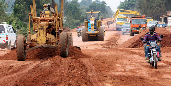 AfDB, Uganda sign US$94.52 million road construction deal