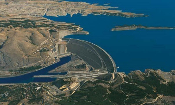 Egypt, Ethiopia and Sudan to meet on Monday for Nile dam talks