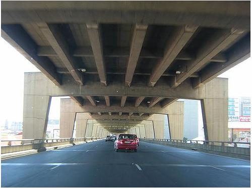 Kenya plans double-decker road in capital city