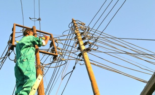 Mining industry at risk as Zimbabwe begins power cuts