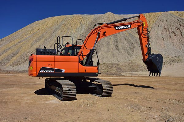 South Korea construction equipment makers suspend production amid sales slump