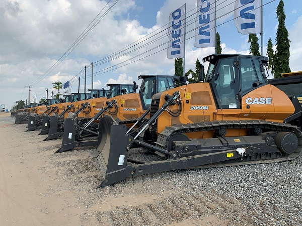 CASE Construction Equipment delivers 125 units to Angolan Ministry of Transport