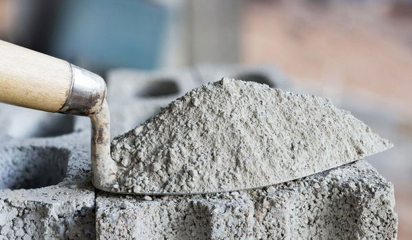 5 types of construction chemicals every builder should know