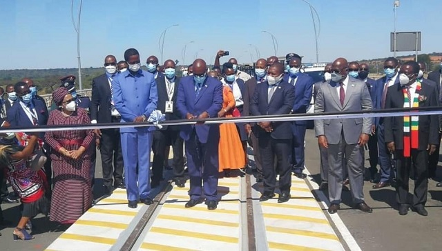 Kazungula bridge ribbon cutting