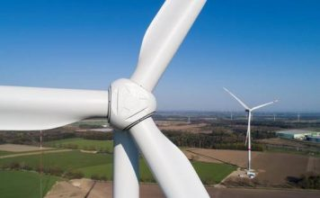 Mammoet supports construction of wind farms in South Africa